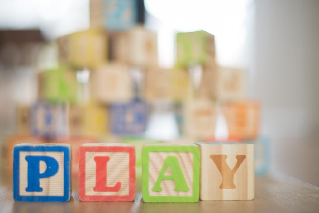 games-in-classroom-play-featured